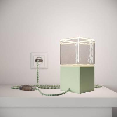 Posaluce Cubetto Color, lámpara de mesa de madera lacada con cable textil, interruptor y enchufe de 2 polos