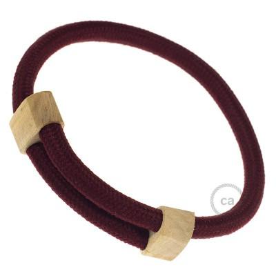 Creative-Bracelet en tejido Efecto Seda Burdeos RM19. Cierre corredero en madera. Made in Italy.