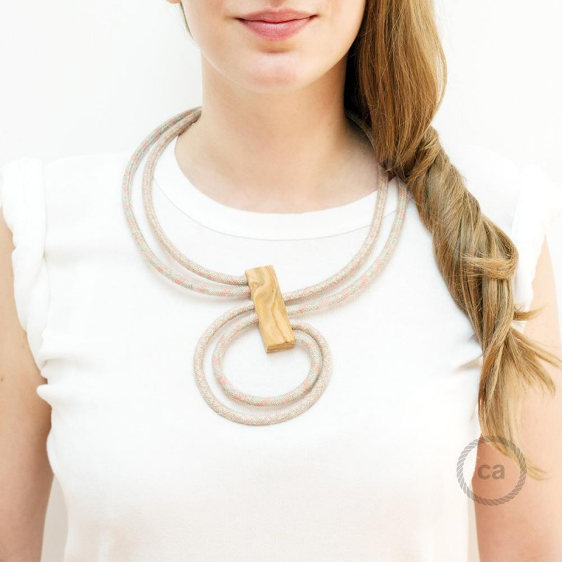 Collar Infinity regulable bicolor Rosa Viejo RD61 y Rosa Viejo RD51.