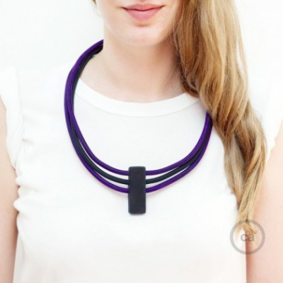 Collar Circles color Púrpura RM14 y Negro RM04.