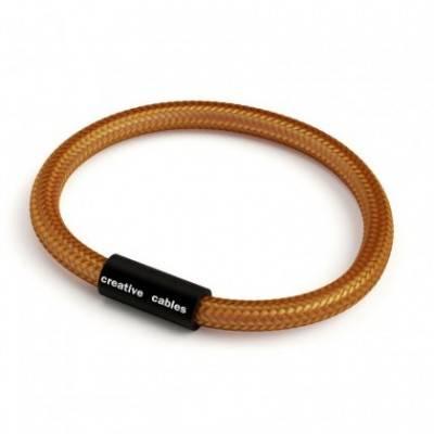Pulsera con cierre magnético negro mate y cable RM22