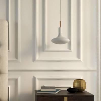 Lámpara colgante hecha en Italia con cable textil, bombilla, detalles metálicos y una abrazadera de cable de 7cm