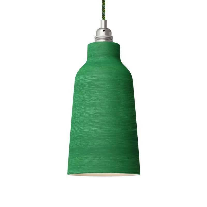 Lámpara colgante hecha en Italia con cable textil, pantalla Botella de cerámica y acabados metálicos