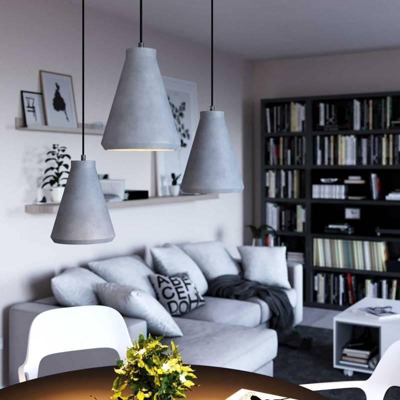 Lámpara colgante hecha en Italia con cable textil, pantalla Embudo en acabados de cemento y metal
