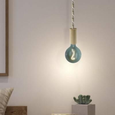 Lámpara colgante hecha en Italia con cordón náutico XL, bombilla y acabados en madera