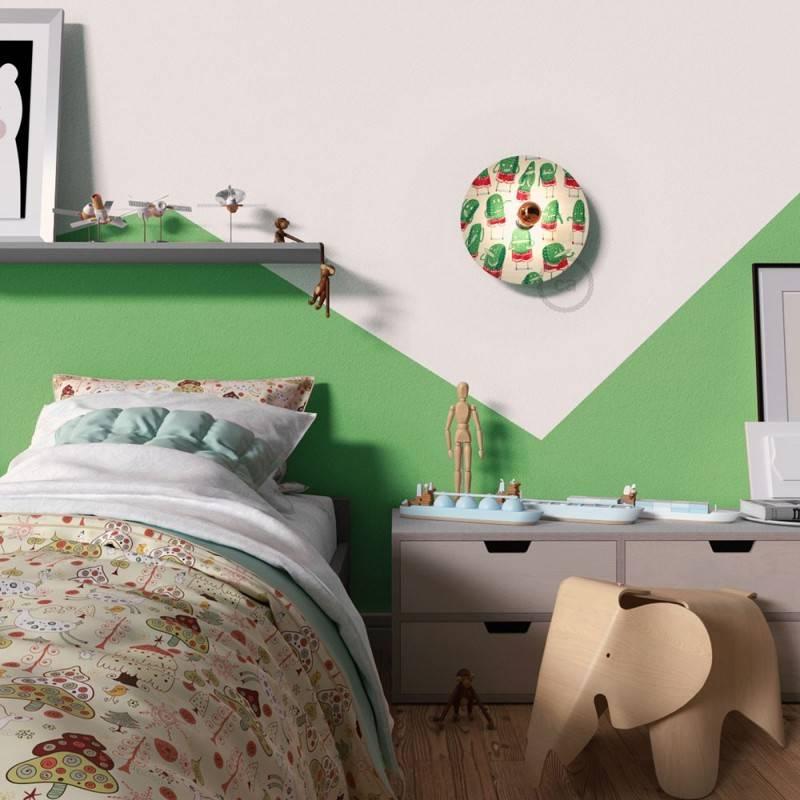 Lámpara de pared Funny Pop con pantalla UFO ilustrada doble cara, diseño por varios artistas