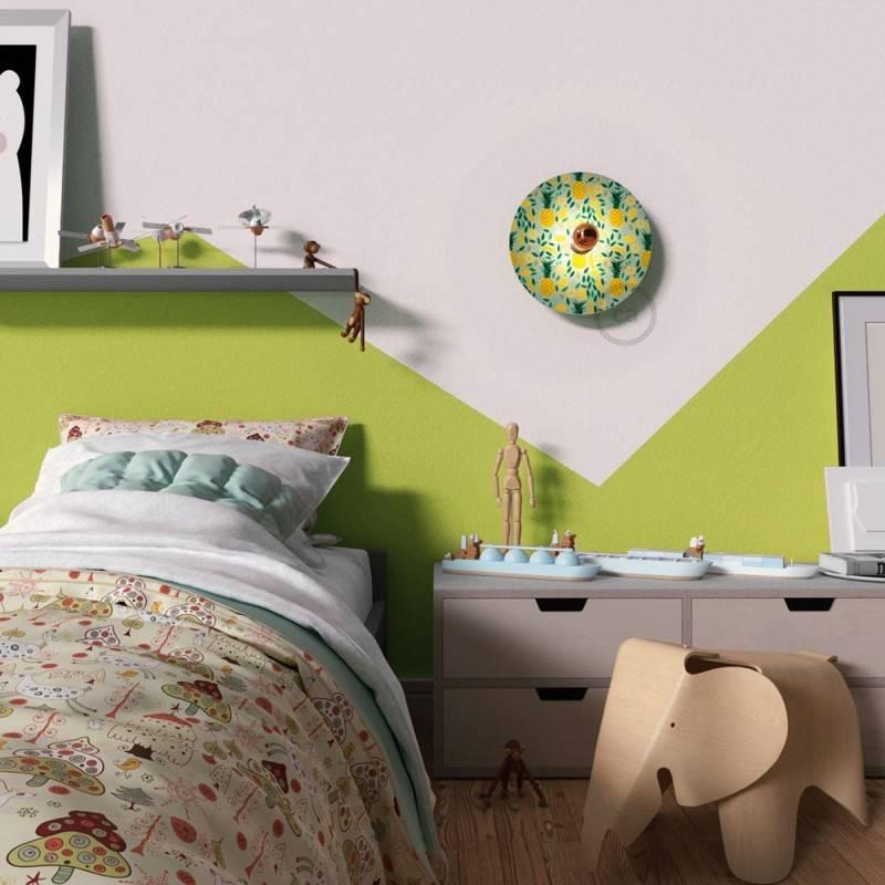 Lámpara de pared Ethnic con pantalla UFO ilustrada doble cara, diseño por varios artistas
