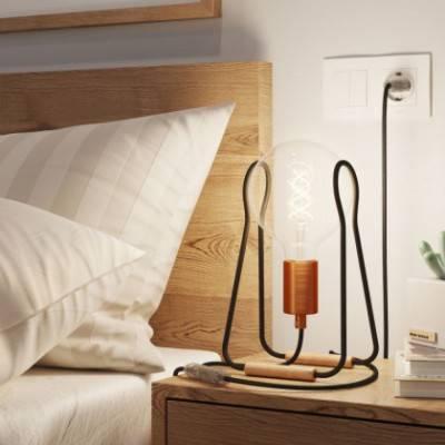 Taché Metal, lámpara de mesa con cable textil, interruptor y clavija de 2 polos