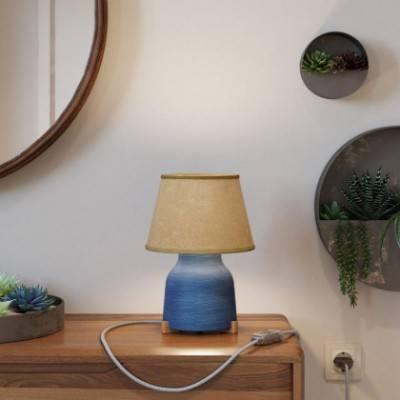 Lámpara de sobremesa de cerámica con pantalla Imperio, completa con cable textil, interruptor y clavija de 2 polos